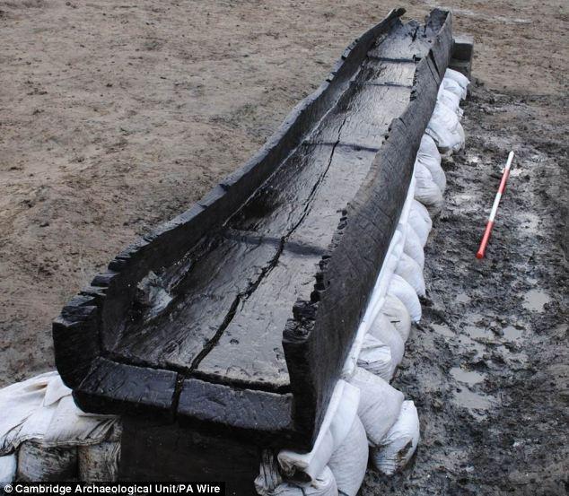 fabien balutet archeologie huit bateaux pr historiques d couverts en angleterre les. Black Bedroom Furniture Sets. Home Design Ideas