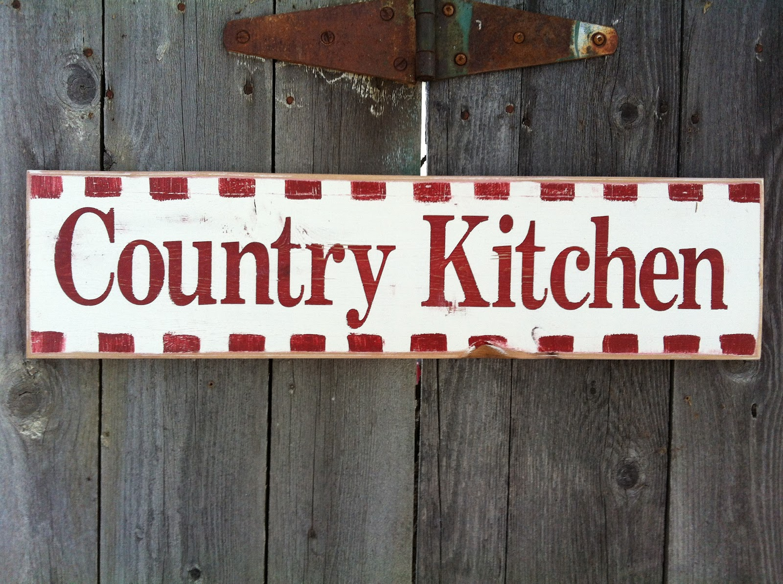 Rusty Nail Signs: Painted Country Signs
