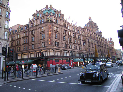 getaway in london shopping in harrods. Black Bedroom Furniture Sets. Home Design Ideas