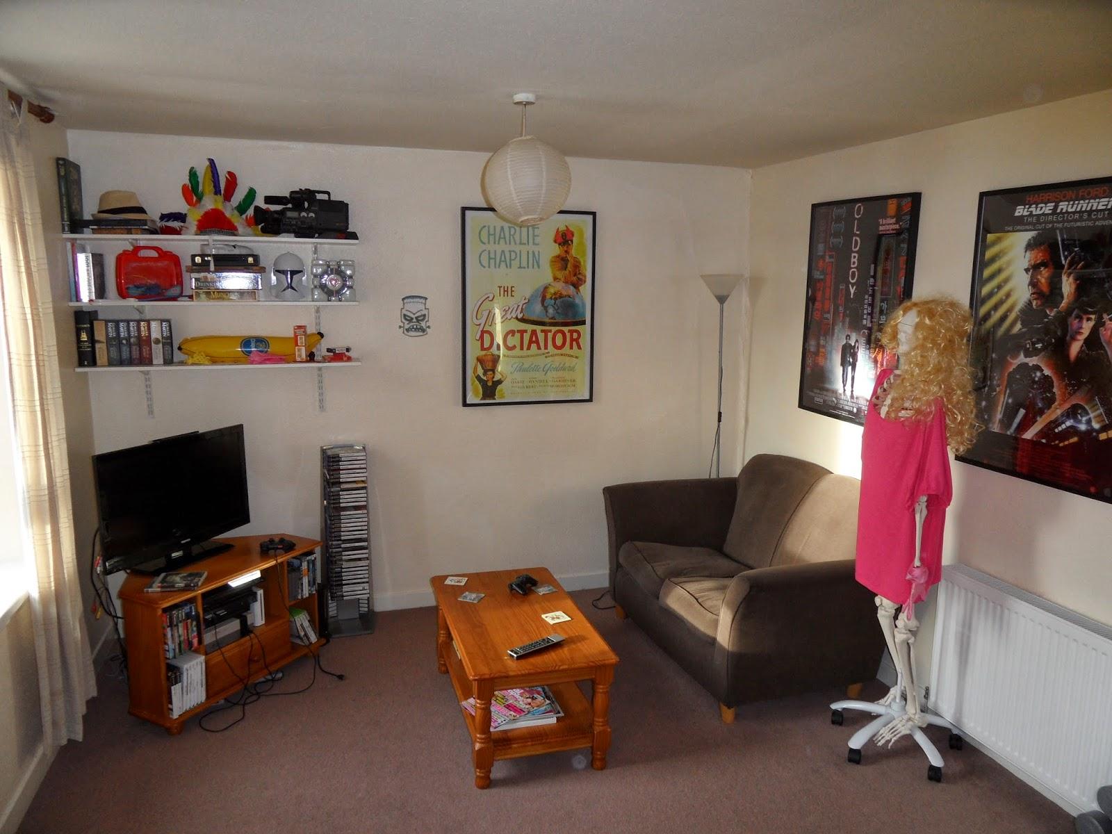 geek living room dundee