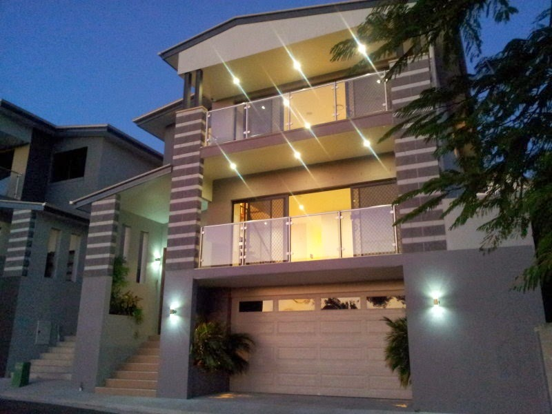 Fachadas de casas modernas fachadas de casas modernas con for Fachadas de casas de tres pisos