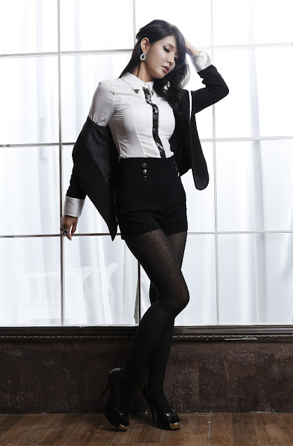 Cha Sun Hwa - Sexy Office Girl