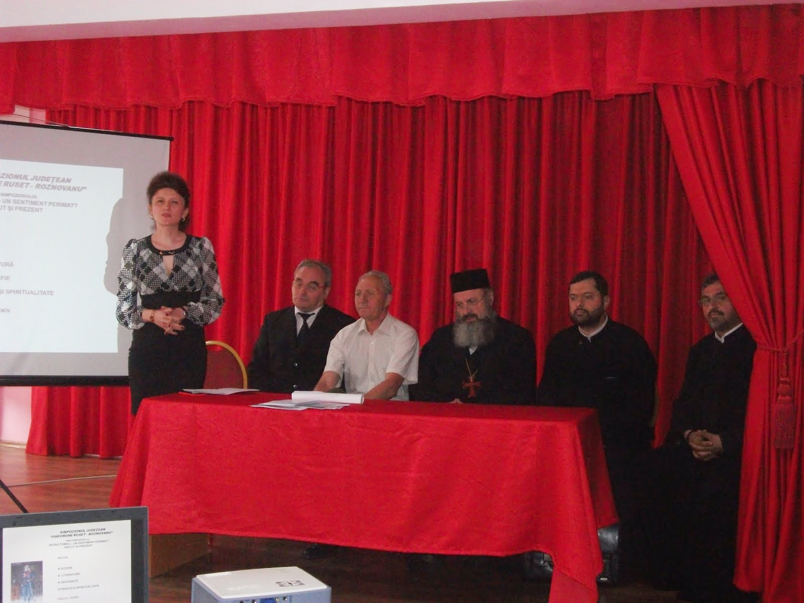 """Aspecte de la Simpozionul judeţean """"Gheorghe Ruset Roznovanu"""", ed. a II-a (23 mai 2014)"""