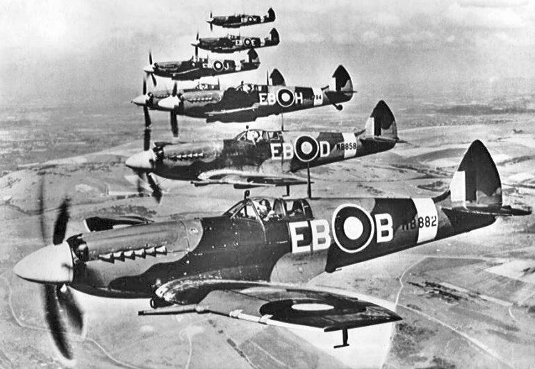 Par la raf et par les alliés pendant la seconde guerre mondiale