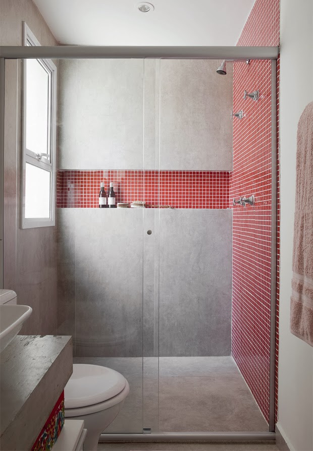 Banheiros pequenos e bem aproveitados -> Nicho Banheiro Portobello