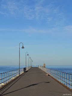 glenelg jetty in the morning