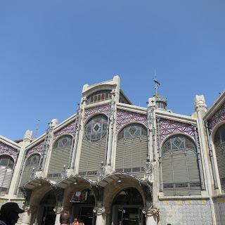 photo mercado central de valencia fachada