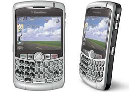 Blackberry curve 8300 has QWERTY keypad
