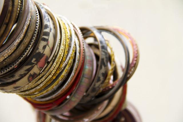 Jodhpur, iNDIA, bangles, jewellery, rajasthan, 50mm 1.4, canon lens