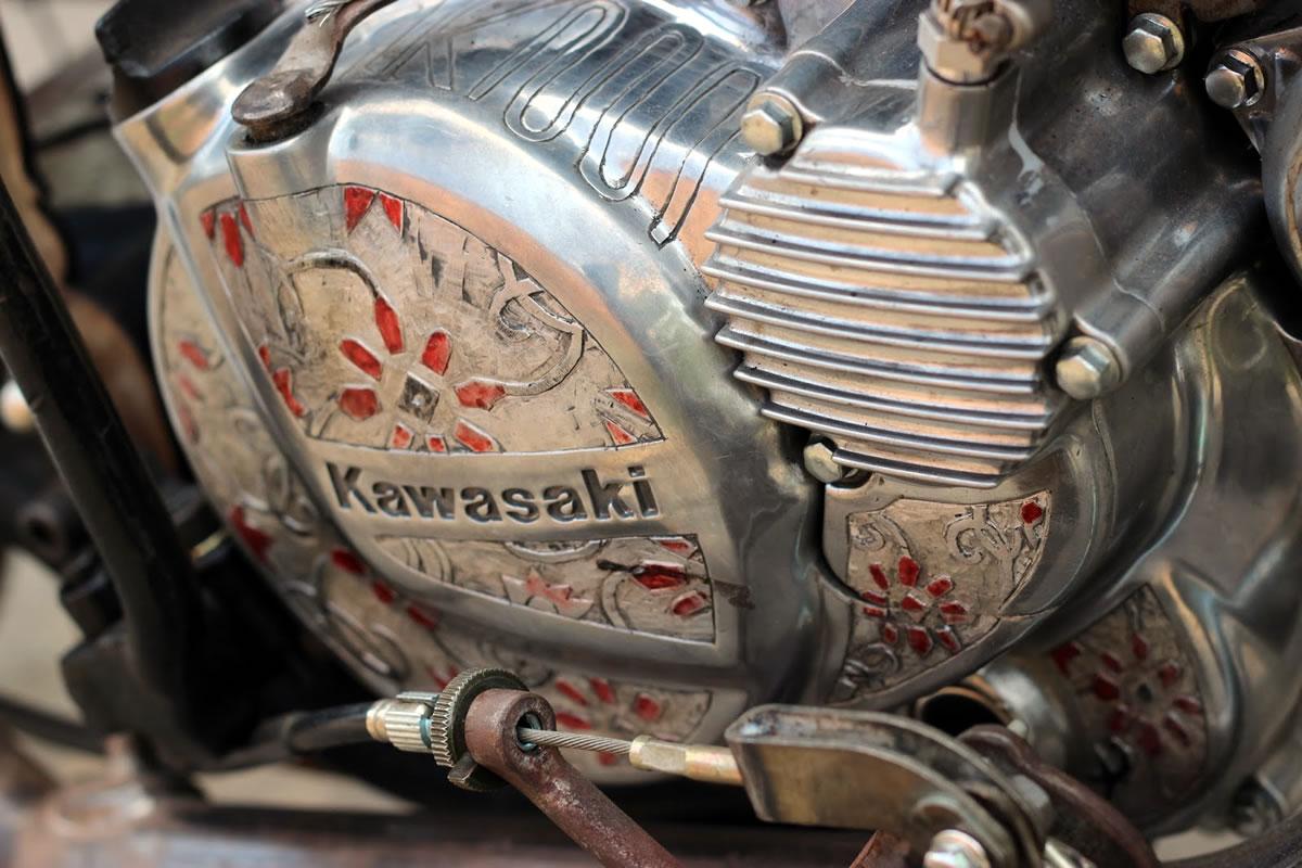 kawasaki kz200 bobber engine