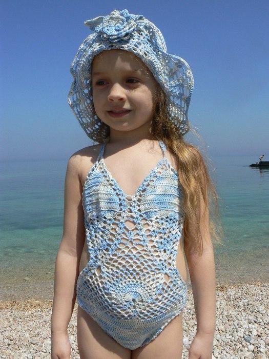L\'angelo dell\'uncinetto: Costume da bagno per bambina