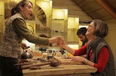 Crece Artesanos de Bariloche: creatividad, organización y solidaridad en un mismo lugar