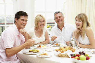 sarapan pagi bareng keluarga