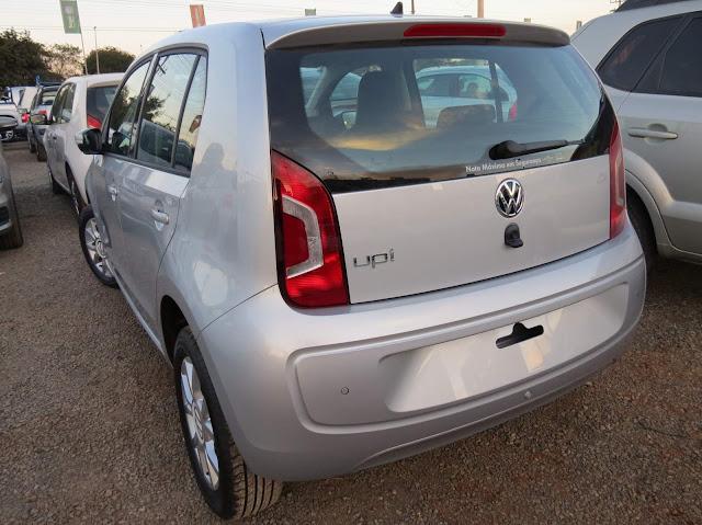 Volkswagen up! 2016 - Prata Sírius