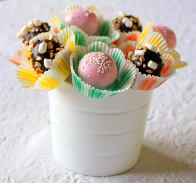 Display Cake Pops For Wedding