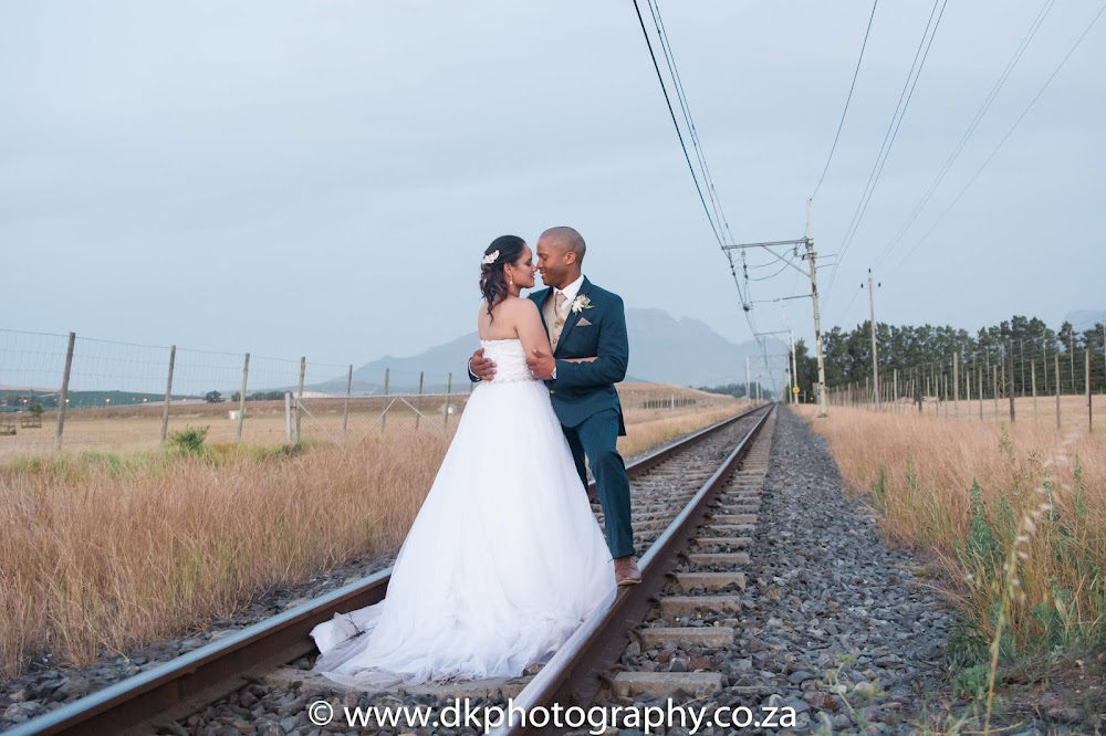 DK Photography CCD_0915 Preview ~ Alexis & Mario's Wedding in Barrique Restaurant, Vredenheim Estate  Cape Town Wedding photographer