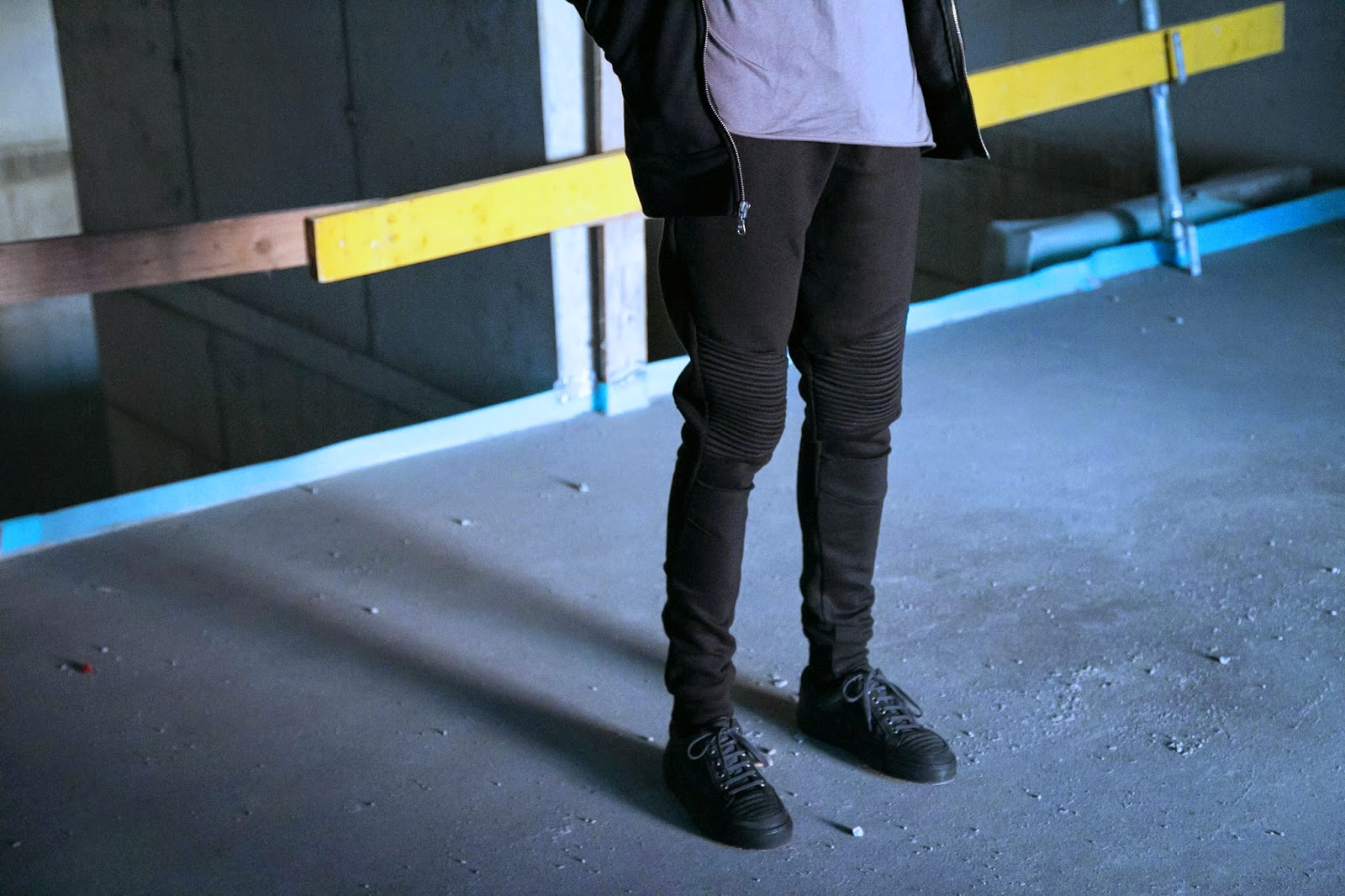 Jonthegold for FOH APPAREL black biker zip hoodie  details urban photography snoboshts