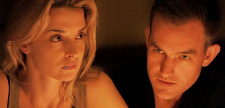 Assista ao trailer do thriller psicológico Coherence, de James Ward Byrkit