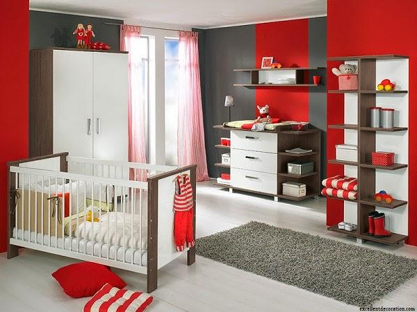 Photo chambre bébé rouge