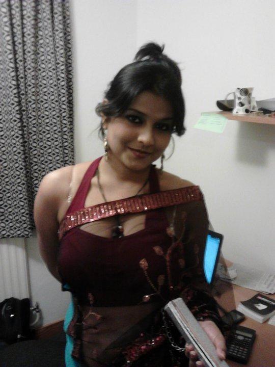 Ejamani Amma Parvathi
