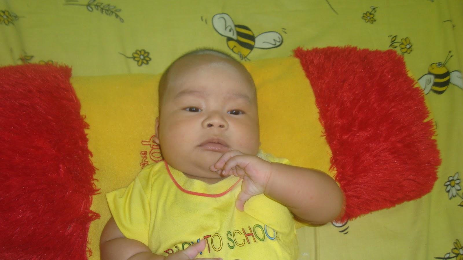 Ini Hisyam adekku