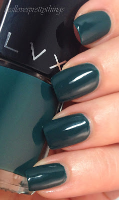 LVX Viridis swatch and review