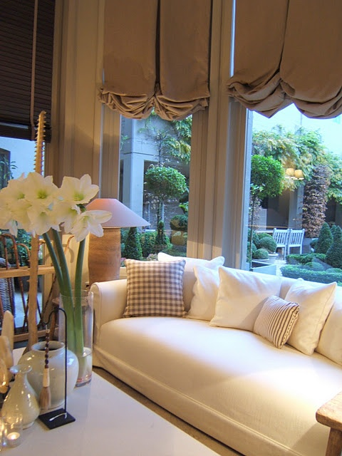 cream bench sofa gold silk window shades