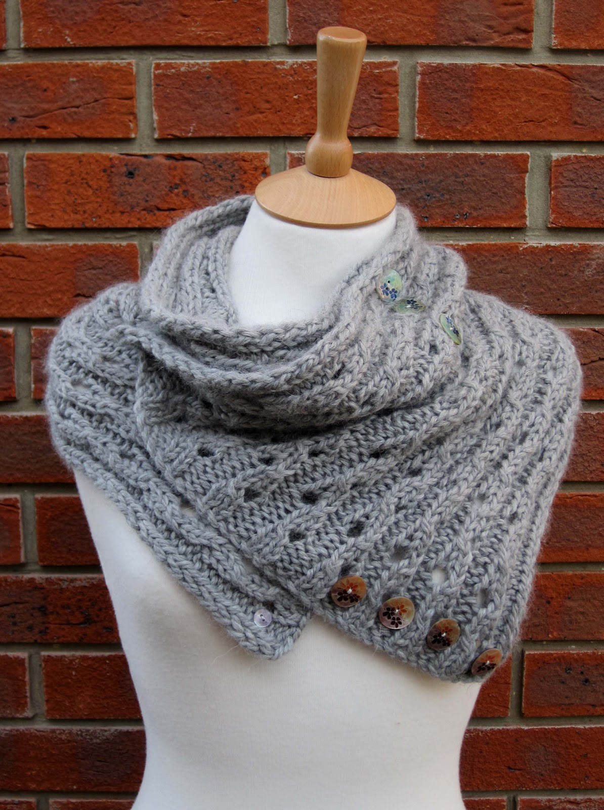 Free Knitted Cowl Pattern : Knitting and More: Rib Lace Scarf/Cowl