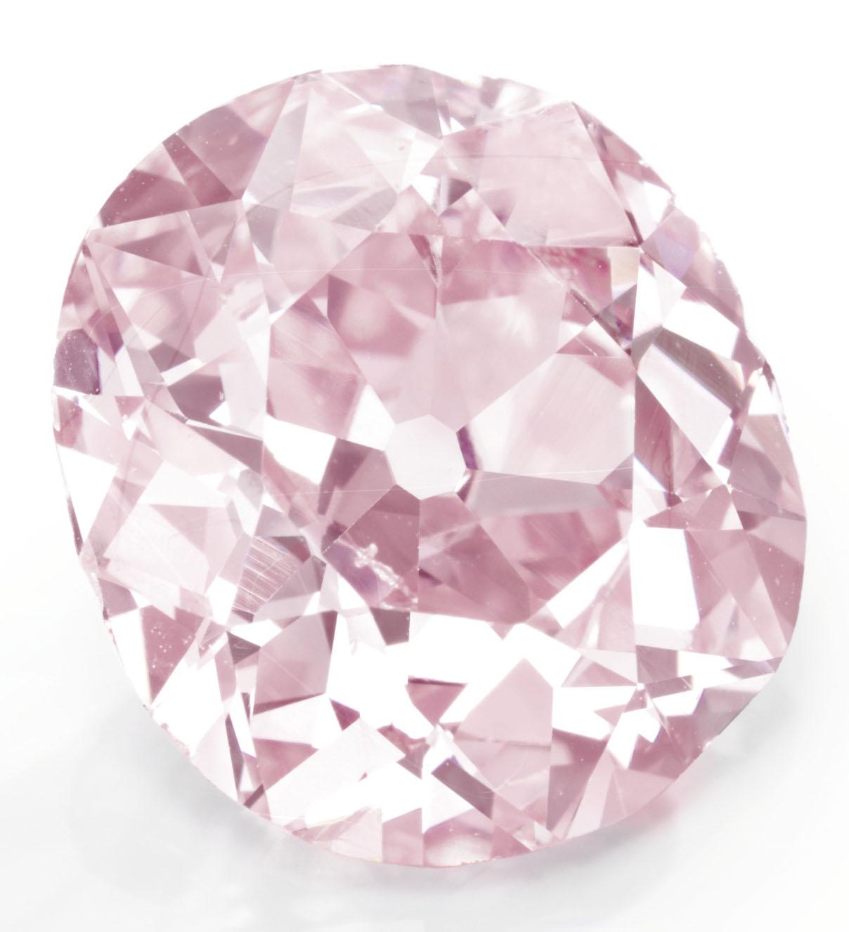 The 9 ct belle epoque cushion cut fancy vivid purplish pink diamond