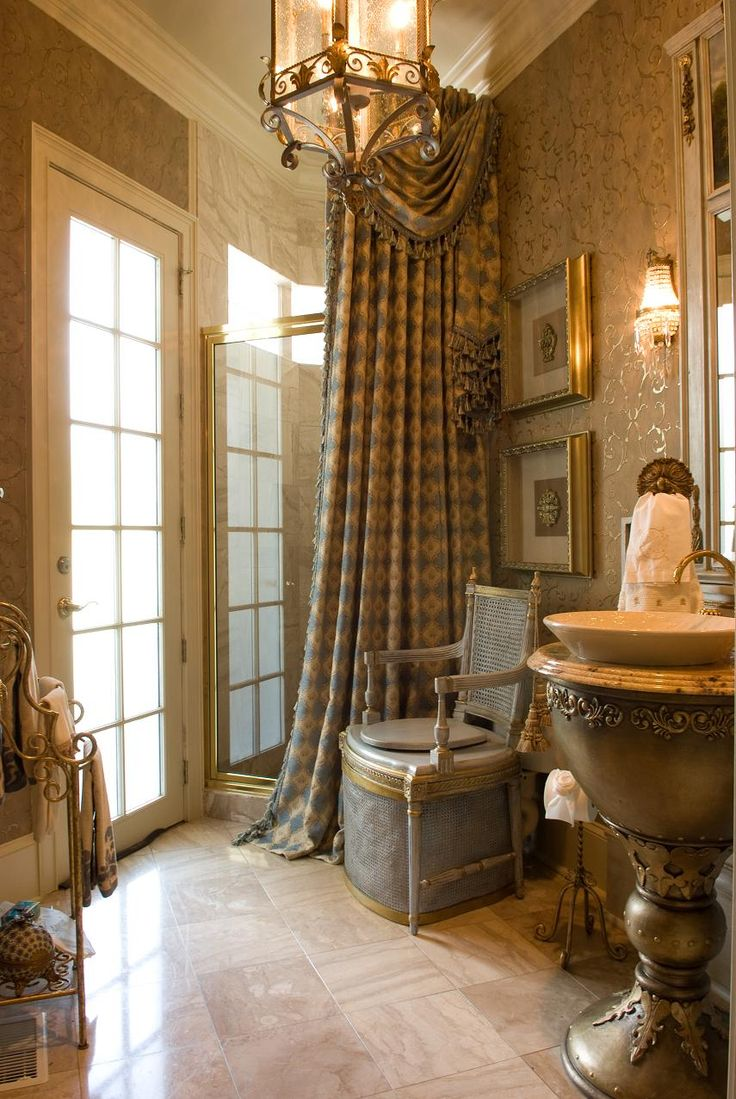Eye for design how to create a french bathroom for A bathroom in french