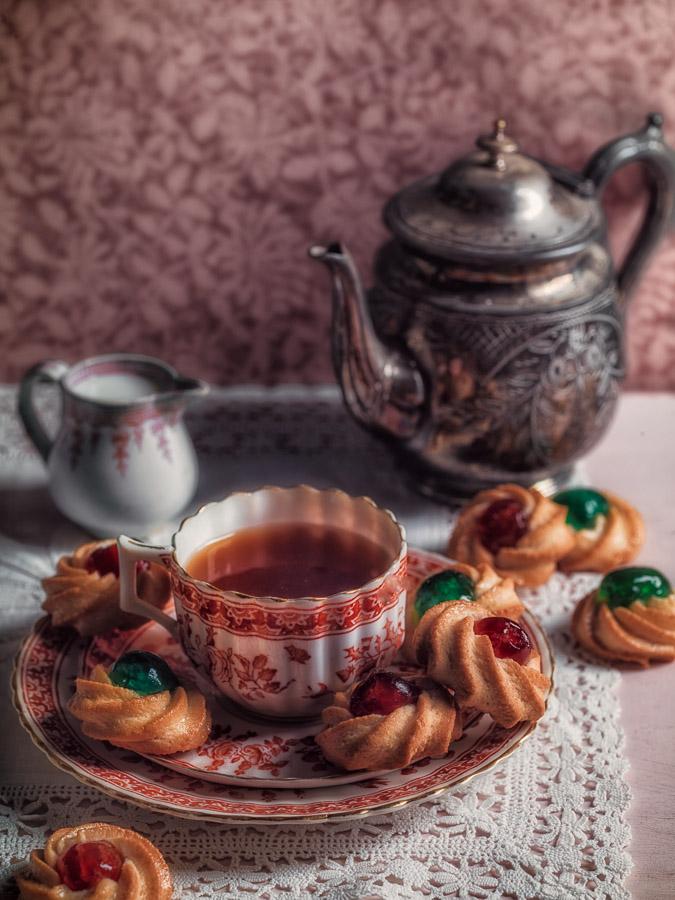 Tè e Biscotti alla Mandorla