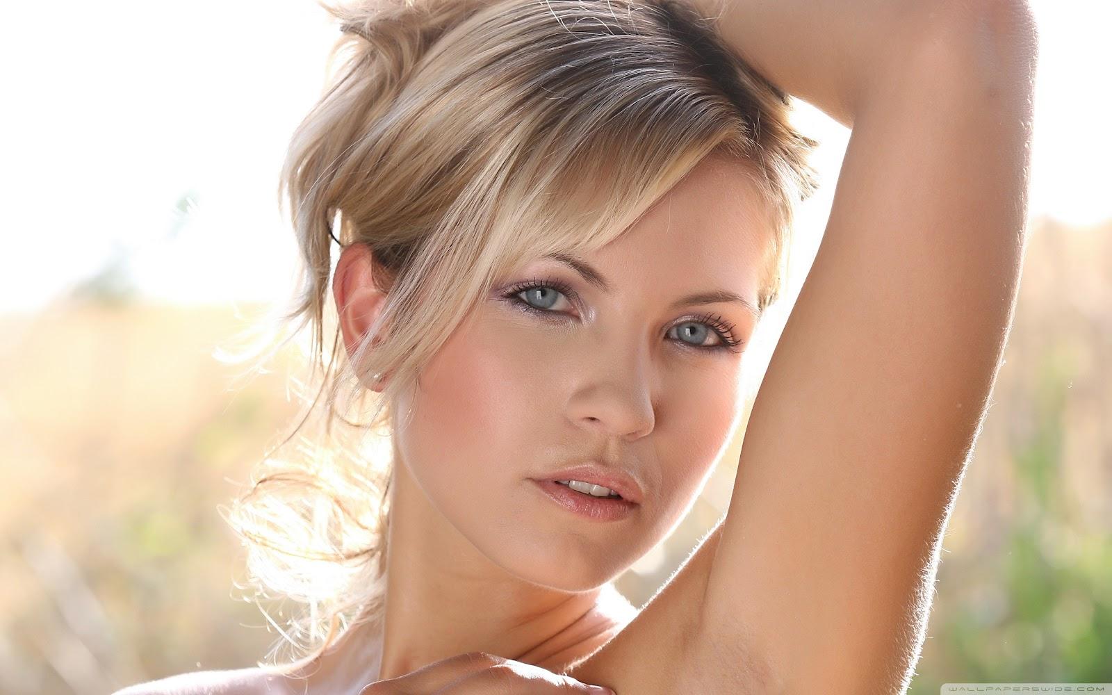 blonde hair blue eyes naked girls