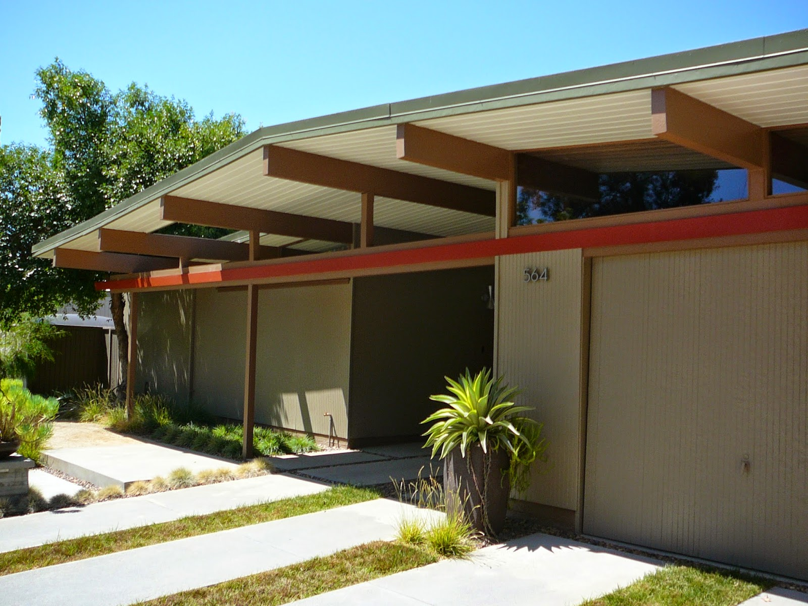Orange county structure unique eichler houses are in high for Eichler house