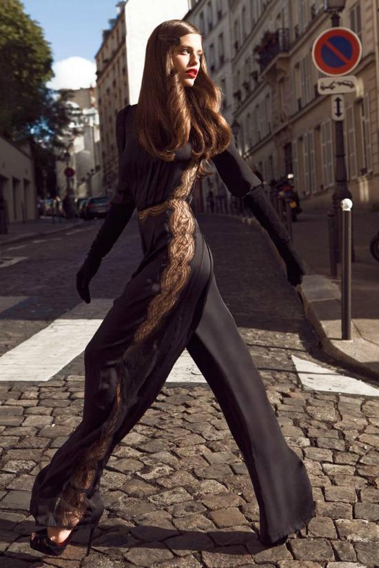 tendencia-moda-mono-negro-largo-transparencias