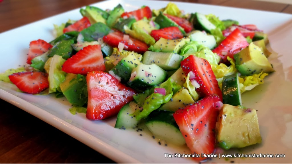 The Kitchenista Diaries: Avocado, Cucumber & Strawberry Chopped Salad