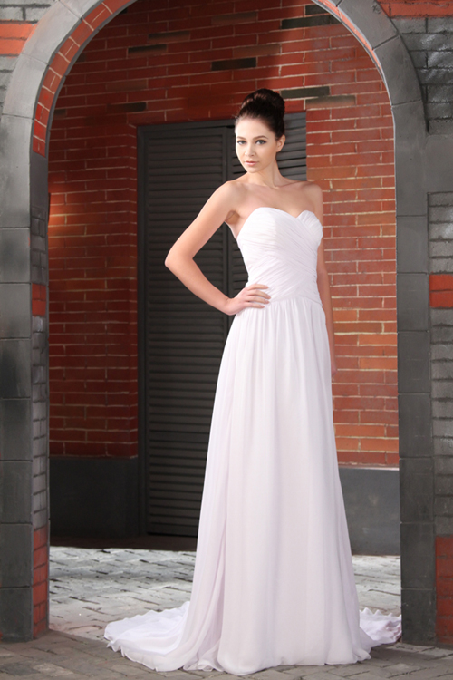 Tips for Selecting Gowns that Travel Well | Island Bliss Weddings