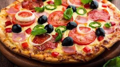 بيتزا بالخضر