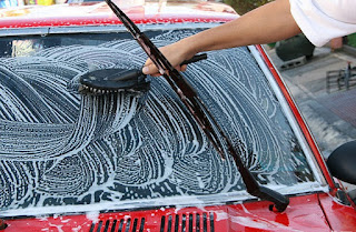 comment enlever peinture sur vitre voiture