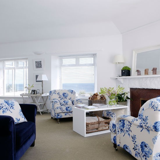 Blue White Floral Living Room Country Homes And Interiors