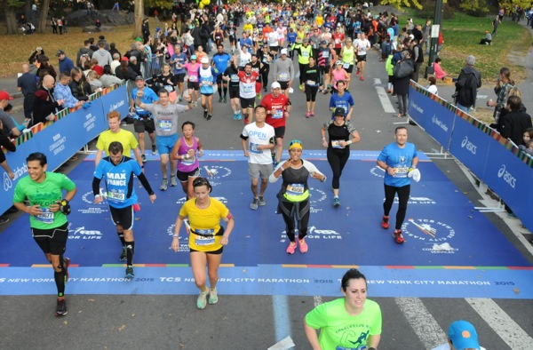 2015 New York Marathon runners