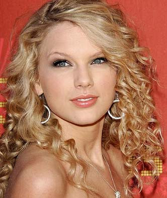 pics of taylor swift house. Taylor Swift has purchased,