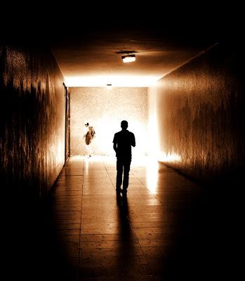 Run Away, Escape, Fugir