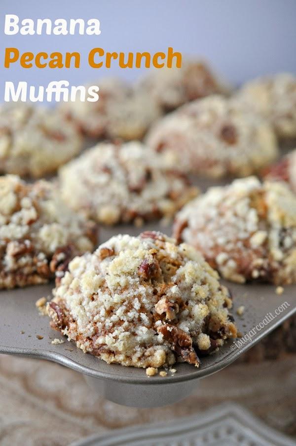 Banana Pecan Crunch Muffins {Muffin Monday}   I Sugar Coat It!