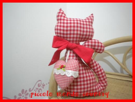 Piccolo mondo country settembre 2011 for Cucito creativo gatti
