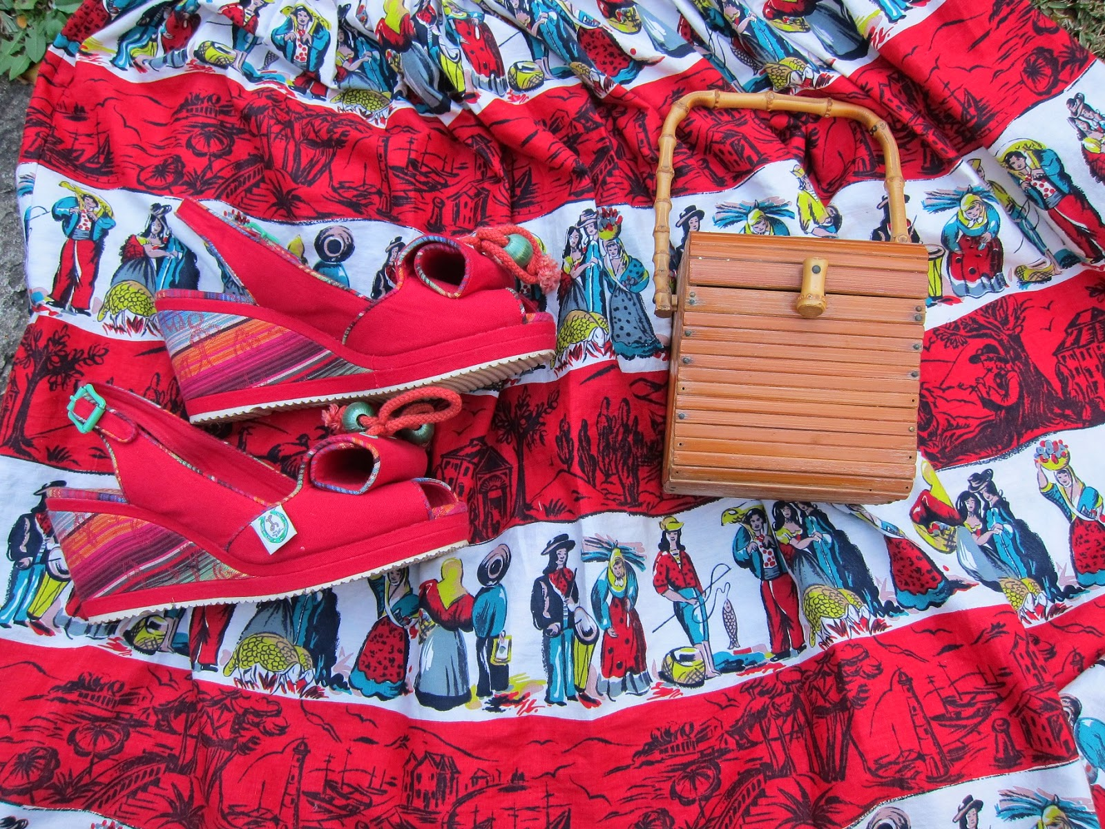 miss l fire shoes review norma red mexican 1950s 50s bambhoo handbag retro vintage novelty print fabric