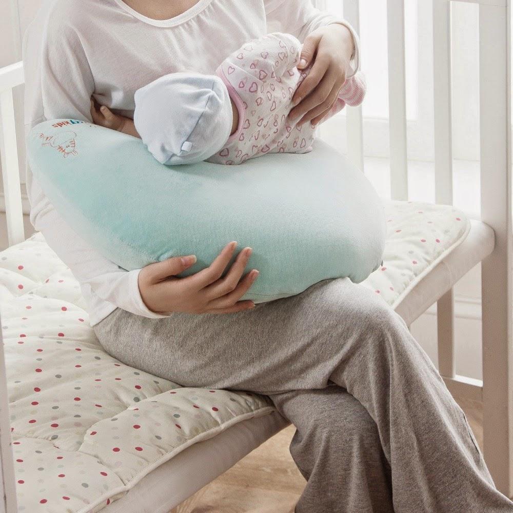 Penyangga Tubuh untuk Ibu dan Bayi Di Dalam Kamar