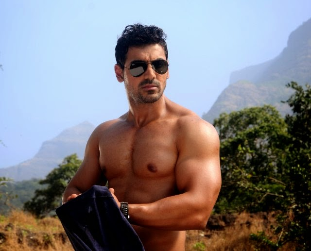 Celebrities and bodybuilding photos: John Abraham Workout ...