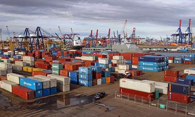 Jasa Peralatan Pelabuhan Indonesia