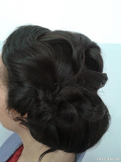 fryzura ślubna 27