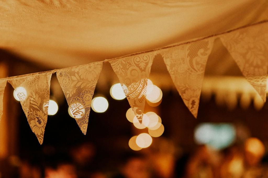 Bröllopsfest | dekoration | inspiration | vimpel
